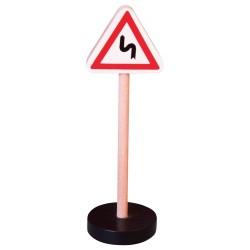 Drevená dopravná značka - dvojitá zákruta