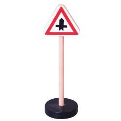 Drevená dopravná značka - križovatka s vedľajšou cestou