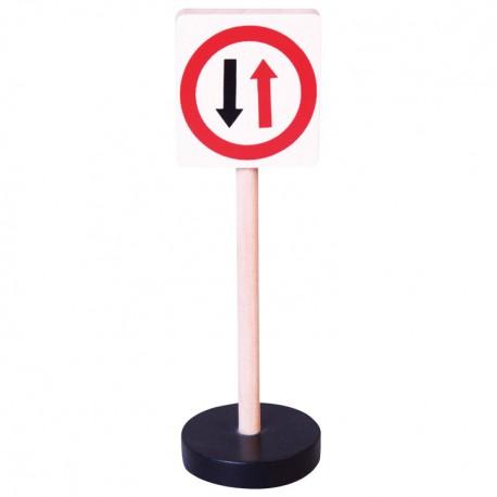 Drevená dopravná značka - prednosť protiidúcich vozidiel