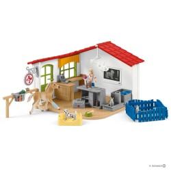 Schleich 42502 veterinárna ambulancia pre domáce zvieratá